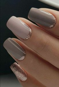 Shades of Taupe and Gold Nail Design