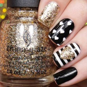 Black and White and Gold Hearts Design