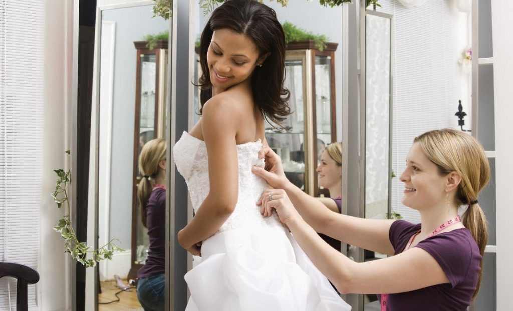 Below Are the Main Steps to Start Successful Bridal Shop Business
