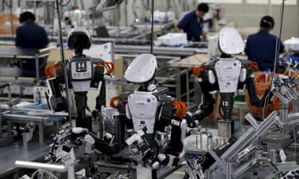 Robotics in Manufacturing Save Money and Time