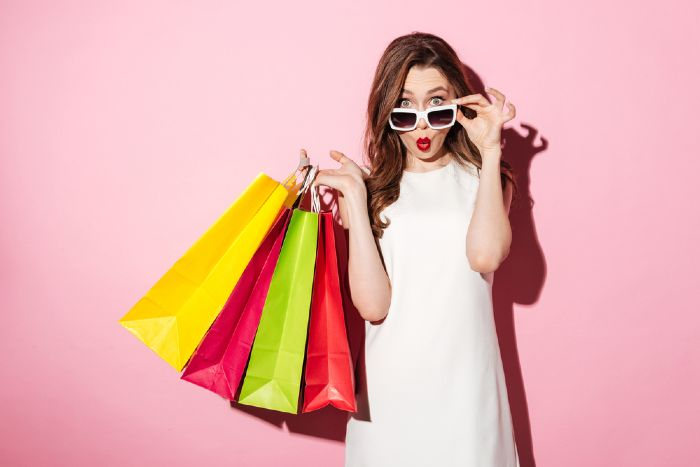 Spend Sensibly. Tips to Look Expensive