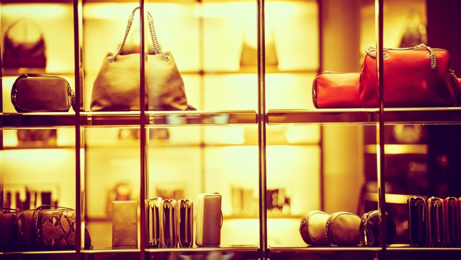 How to Choose Suitable Luxury Accessories to Reduce the Risk of Depreciation